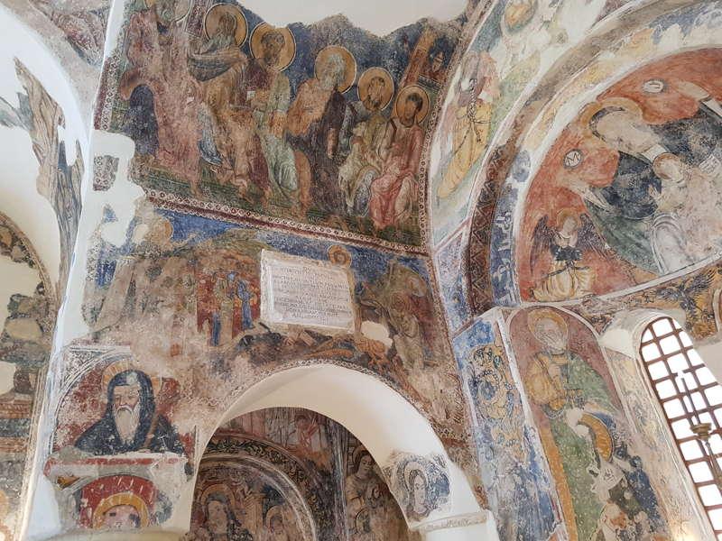 chiesa-san-pietro-navata-centrale